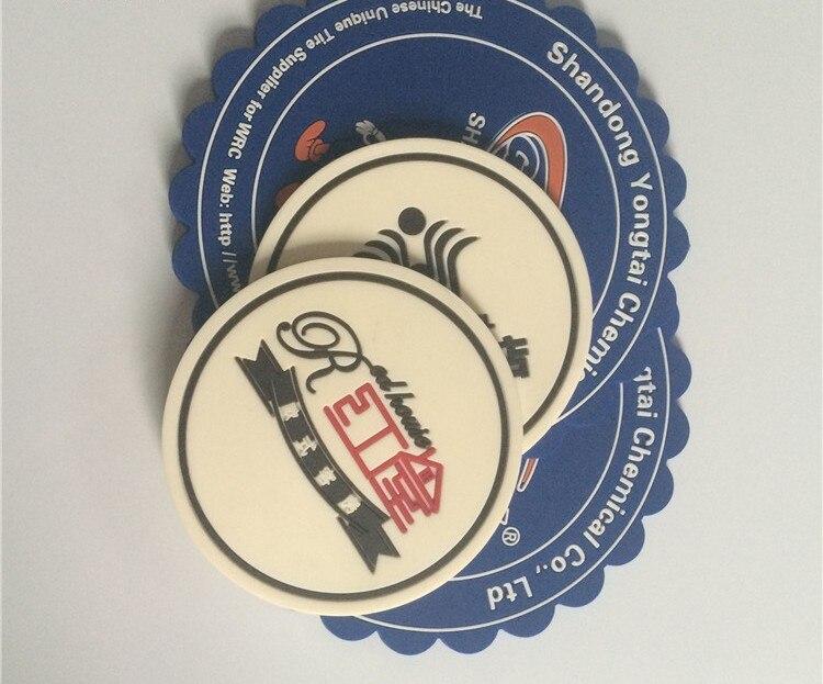 (1000 teile/paket) Angepasst PVC 3D abzeichen, kunststoff etiketten/patches mit marke name und logo für bekleidungs zubehör-in Abzeichen aus Heim und Garten bei  Gruppe 3