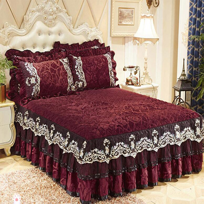 Single Pcs Crystal Velvet Bedspread Lace Edge Bedskirt Slip-resistant Velvet Bed Cover High Quality Mattress Cover Free Shipping