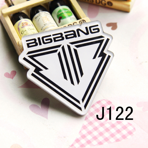 (MIN MIX ORDER IS $10--Free shipping)2013New arrival pin HARAJUKU badge brooch star badge fans <font><b>bigbang</b></font> christmas gift B012 image