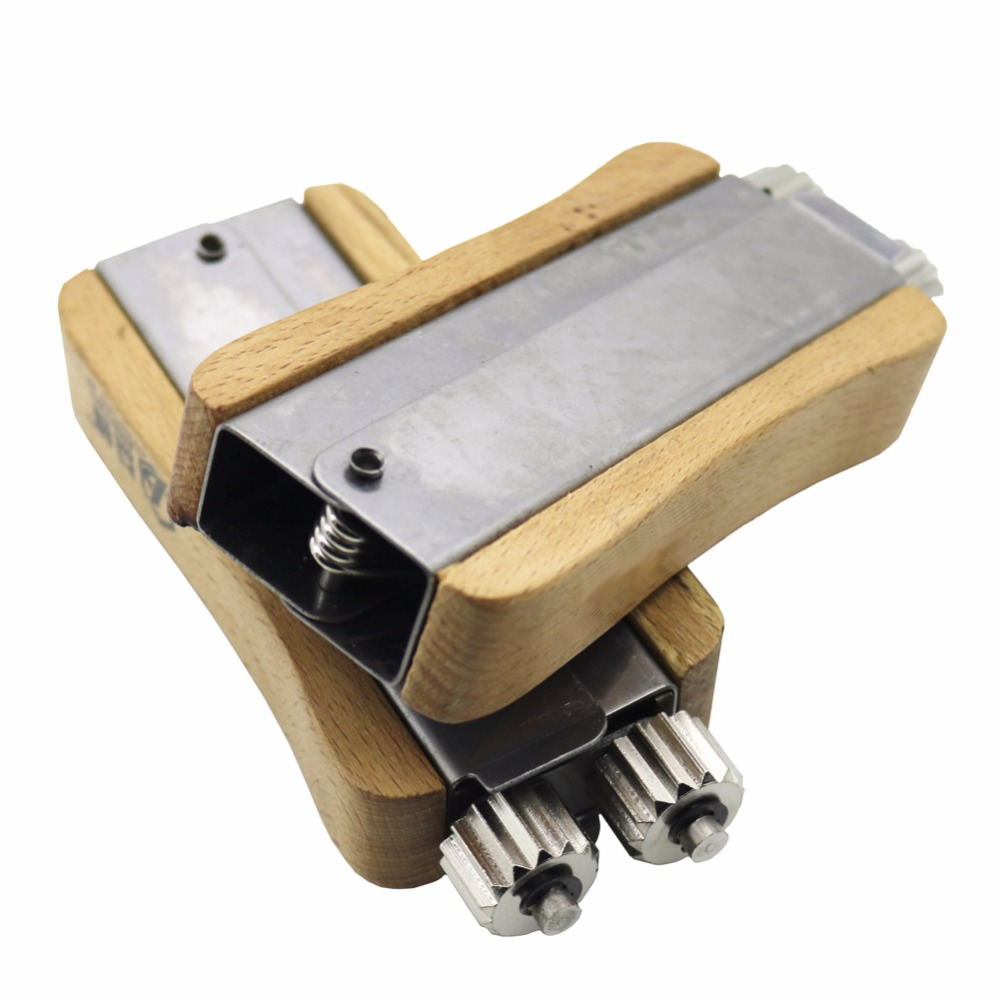 1 Pcs Bee Tools Stainless Steel Wire Tight Beehives Wood Beehive Tight Wire Beekeeping Beehive Installation Tool1 Pcs Bee Tools Stainless Steel Wire Tight Beehives Wood Beehive Tight Wire Beekeeping Beehive Installation Tool