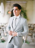 Latest Coat Pant Designs Light Grey Custom Beach Tuxedo Groom Best Man Men Suits 3 Pieces Skinny Terno Jacket+Vest+Pants HR