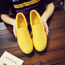 цены Summer Breathable Canvas Shoes Men Shoes Casual Slip on Loafers Men Driving Shoes Comfortable Sneakers Green Orange Yellow Shoes