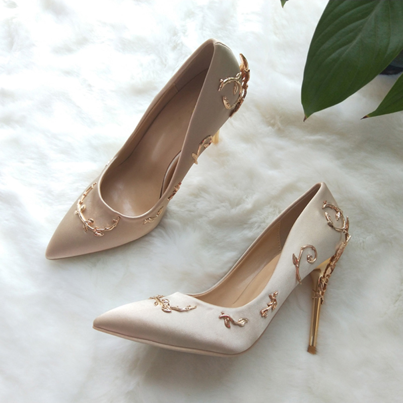 ad47bc8c6ad Teahoo Luxury Brand Women Pumps Pointed Toe Flower Heel Wedding Shoes Women  Elegant Silk Brand Design High Heels Ladies Pumps-in Women s Pumps from  Shoes on ...