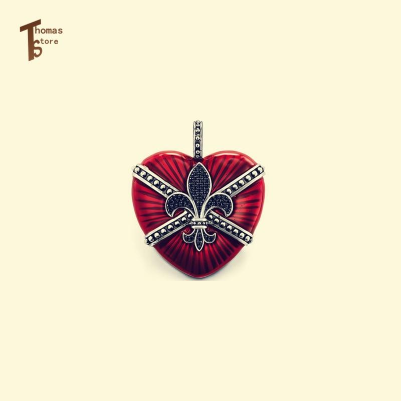 Символика красного браслета