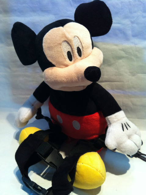 Promotion 1 piece Harness Buddy Animal Reins New Mickey Goldbug Animal Backpack Plush Toy Mouse Backpack LEASH