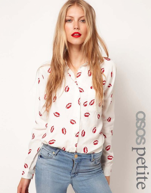retail free shipping lips pattern women long sleeve shirt 8678