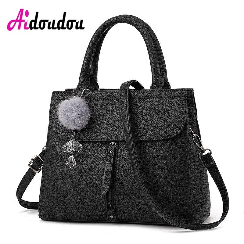 все цены на Famous Luxury Designer Women Leather Handbag Fashion High Quality Famous Brand Handbags Tote Shoulder Bag Ladies M2203AC