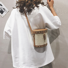 Summer Bags Straw Totes Bag New Fashion Hasp Leather Bucket Beach Bag for Women 2019 Women Handbag Rattan Shoulder Bags Female цена и фото