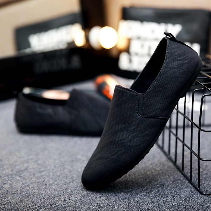 Mannen Slip Op Loafers Sneakers Confort Licht Lederen Mannelijke Casual Platte Schoenen Ondiepe Jeugd Mannen Vulcaniseer Schoenen