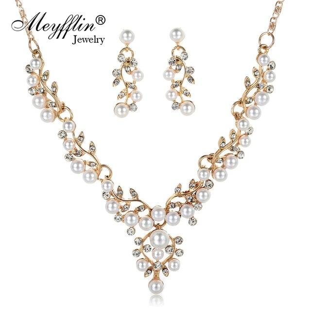 Meyfflin свадебные женские Ювелирные наборы 2017 мода имитация жемчужина цветок заявление ожерелье и серьги набор аксессуары для вечеринок