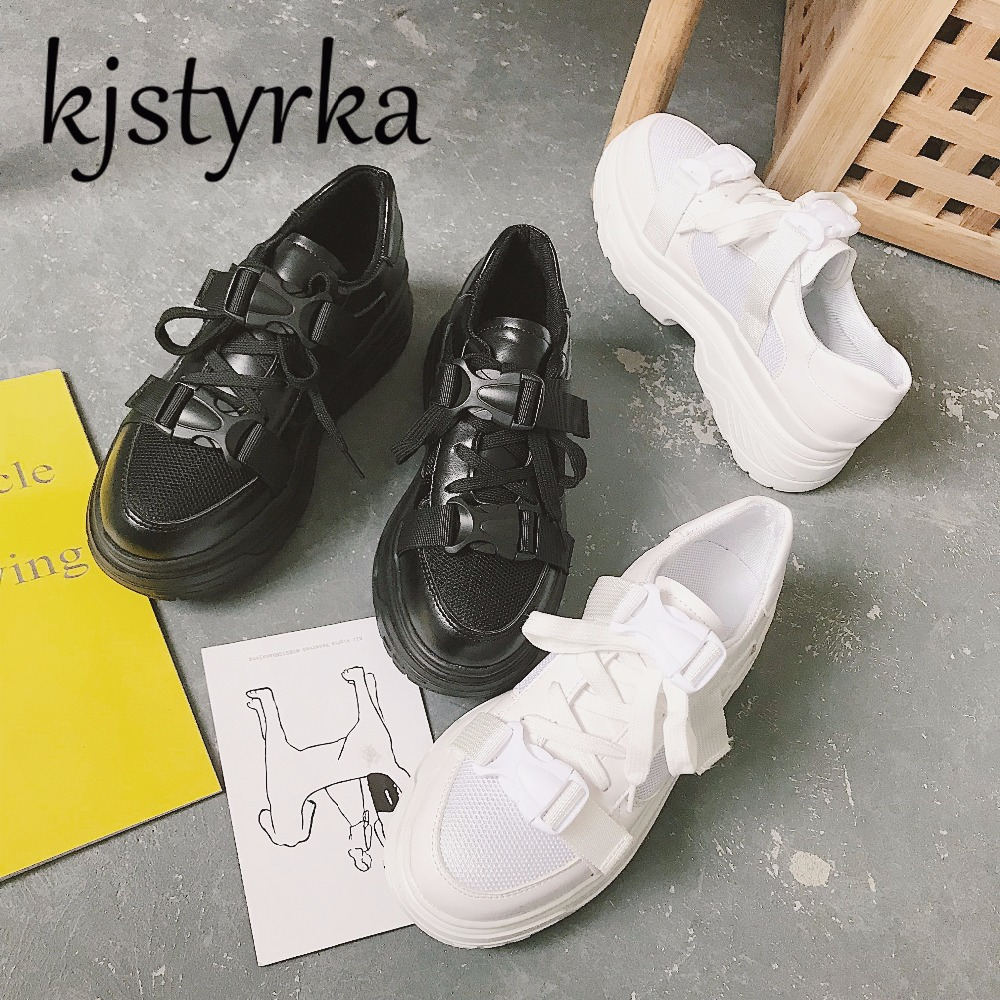 Kjstyrka 2018 Spring Summer New Style Mesh Breathable Comfortable Women  Sneakers Casual Shoes Lace Up Woman Flats tenis feminino-in Women s Flats  from Shoes ... ec079d44113a