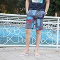 Os Recém-chegados 2017 homens Verão Casuais Calções de Linho de Algodão Homens Soltos Calções Casal Juventude Flor Calças Curtas de Praia Unisex calções