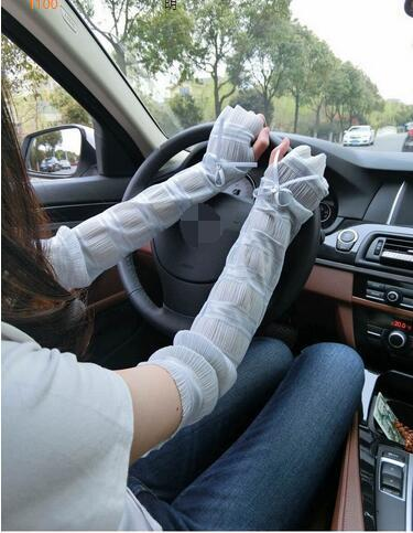 100 pairs summer driving gloves / electric car sunscreen lace gloves / ice silk half finger cuff UV sunscreen 1