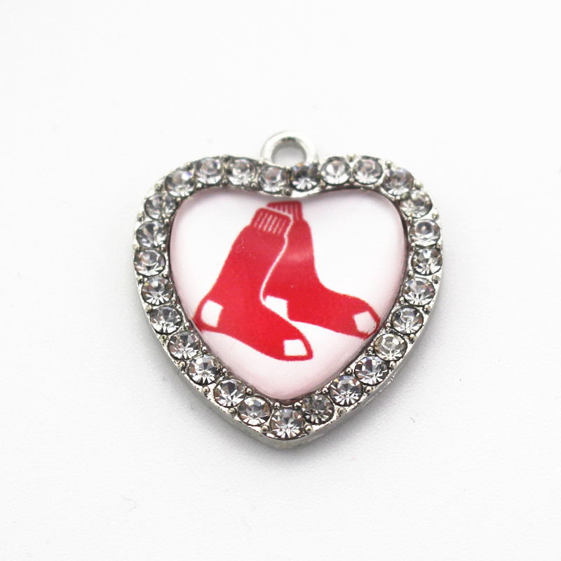 Hot sale 10pcs/lot heart white crystal Boston Red Sox Sports glass Dangle Charms for pendant Necklace Fashion jewelry