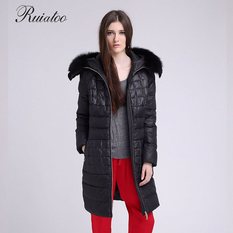 Europe and the United States Code 2017 winter female fox fur coat hooded long down jacket blouse plus pocket size: l-4xl 2017 winter new clothes to overcome the coat of women in the long reed rabbit hair fur fur coat fox raccoon fur collar