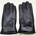 Женщины Кожаные Перчатки Для Зимних Натуральной Меховой Подкладке Guantes Mujer Реального Овчины Кожаные Перчатки Женские Лук С Мехом Утолщаются Перчатки