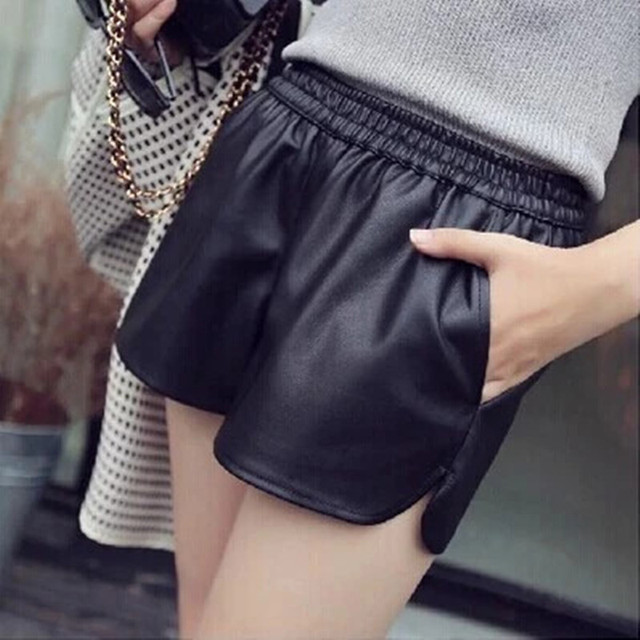 2017 New PU Leather Shorts Women's Black High Quality Short Pants With Pockets Loose Casual Short Summer Women  Plus Size Shorts 2