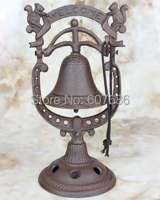 Rustic Table Hand Bell Cast Iron Decorative Squirrel Welcome Dinner Bells Standing Rust Bar Pub Hotel Party Table Decor Freeship