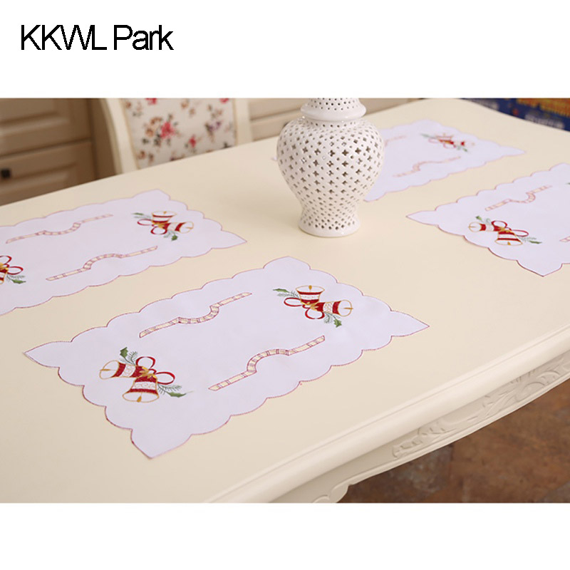 Home Chic Christmas Mat mbroidery Hollow Home Furniture Restaurant Dining Table Mats Christmas Decorations Funny Style