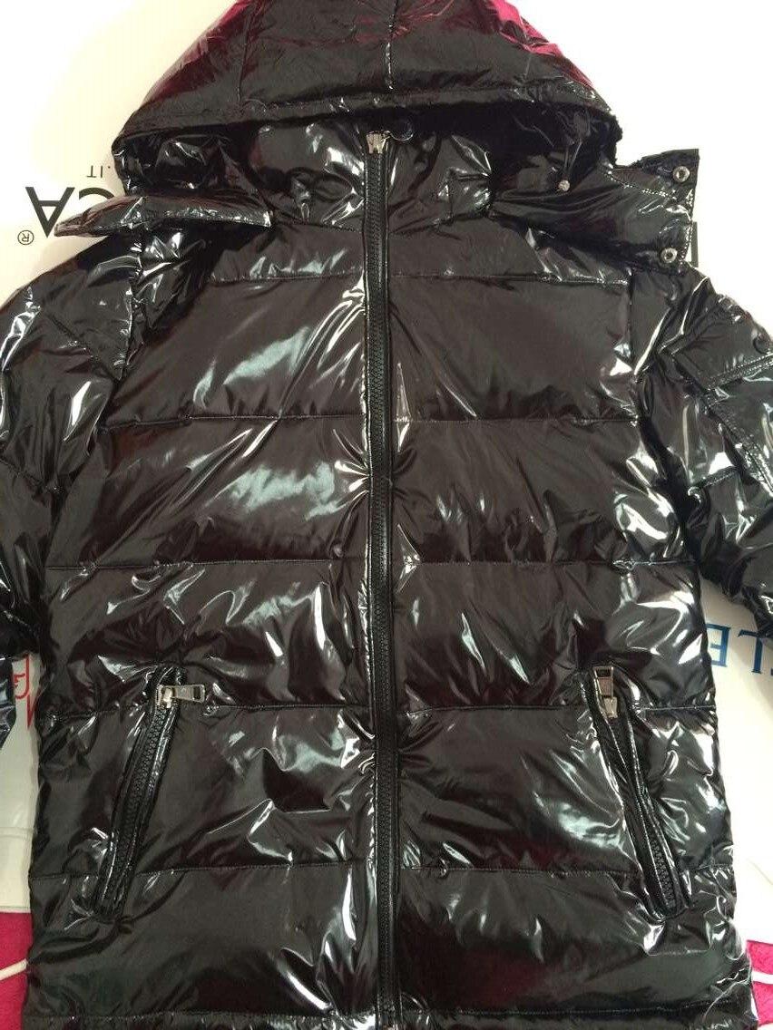 Hiver Épaississent Veste Manteau Avec Capuche Casual Pardessus Vêtement Chaud Veste Noir Rouge Grande Taille Veste
