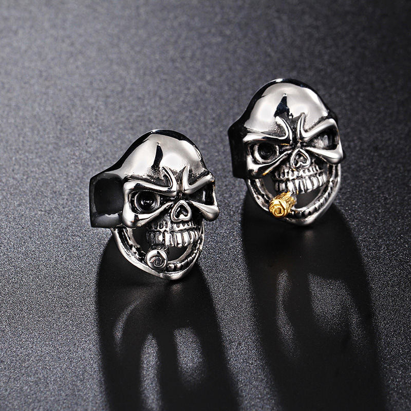 Europe and the United States domineering skeleton ring personalized fashion rock and roll fashion jewelry single