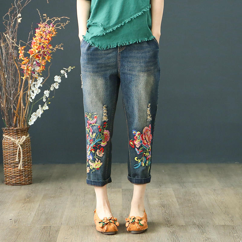 Summer Capris Vintage Elastic High Waist Jeans Woman Embroidery Lace Up Boyfriend Ripped Jeans Women Denim Straight Pants C4371