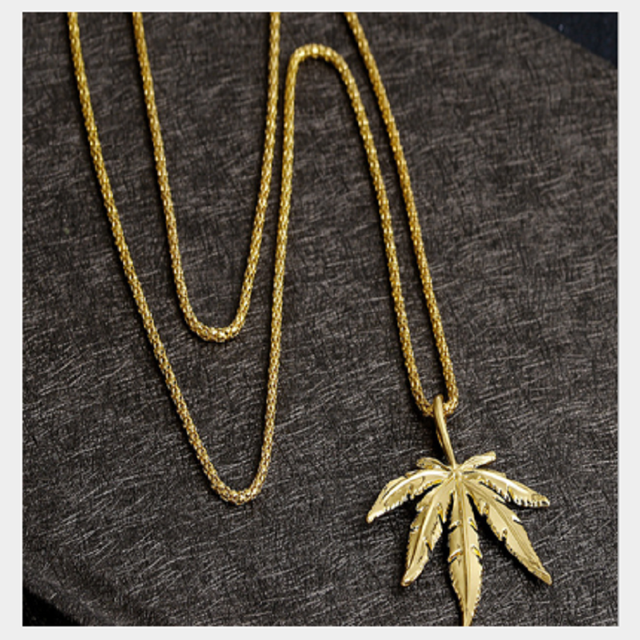 New Gold  Cannabiss Small Weed Herb Charm Necklace Maple Leaf Pendant Necklace Hip Hop Jewelry Wholesale Drop Shipping 2