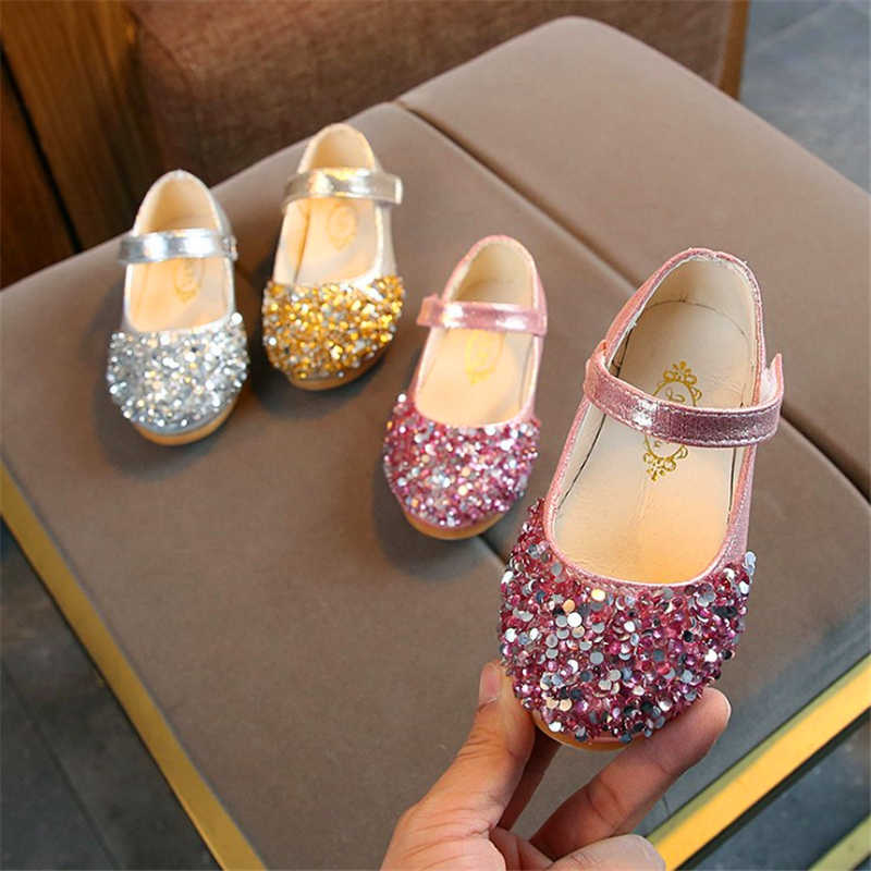 New Fashion Princess Shoes Pink Gold Silver Girls Shoes Glitter Rhinestone Sequins  Kids Flats Children Wedding 9182ffa95628