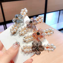 Korea Flower Crystal Pearl Hairpins Shiny Side Clip Hair Accessories Hair Clips For Women Hairpins Hair Bows Hairgrips Barrettes korea full crystal geometric rhinestones pearl hairpins hair accessories hair clips for women barrettes hairgrips