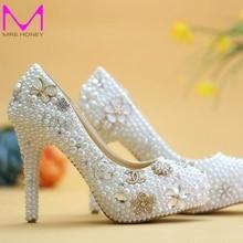 Luxus Handgemachte Kristall Perle Hochzeit Schuhe Weiße Perle Braut Kleid Schuhe mit Diamant von Alters Feier Party pumpen