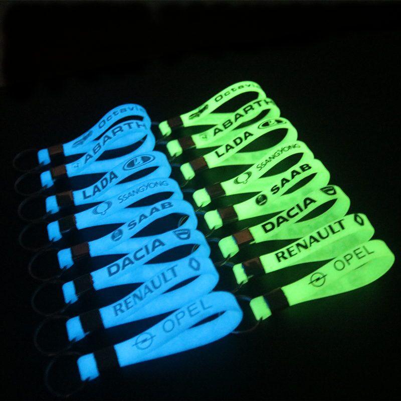 Luminous Silicone Car Sticker Key Ring For Peugeot 107 208 207 307 407 308 508 3008 301 607 SKODA Octavia BMW AUDI OPEL LADA
