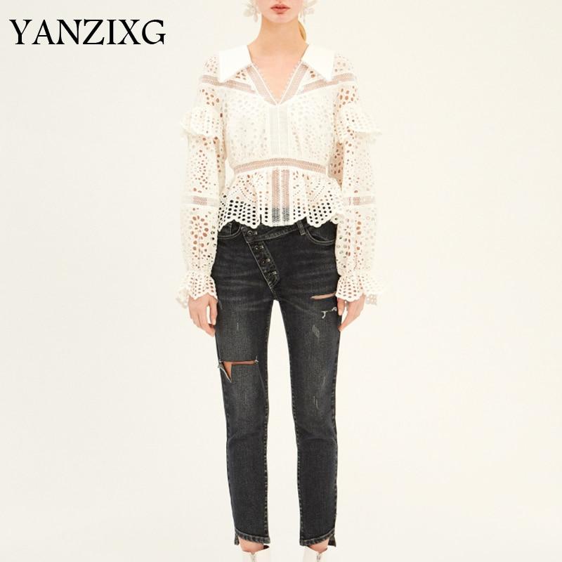 Évider t-shirt femmes à manches longues Flare col col en V volants courte longueur mince vêtements femme mode nouveau coréen été Z434