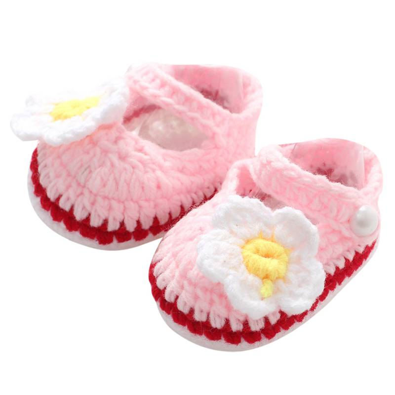Handmade Baby Knitted Shoes Winter Infant Girls Flower Crochet Crib Shoes Newborn Toddler Anti Slip First Walkers Baby Mocassins