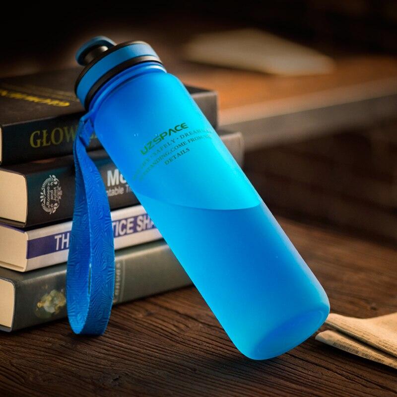 Botellas de Agua 650 ml 1000 ml Capacidad UZSPACE Agua Potable Portable Plástico Coctelera de la Proteína Mi Bebida Deportiva Botella Tritan bpa envío