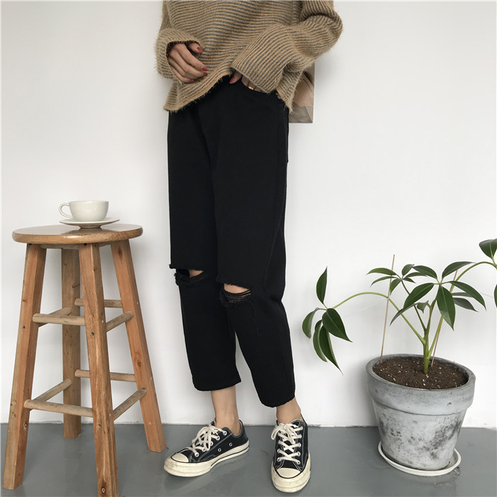 18 Summer Style Black White Hole Ripped Jeans Women Straight Denim High Waist Pants Capris Female Casual Loose Jeans 18