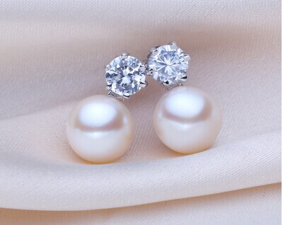 925 silver real natural big 8mm Beihai Pearl Princess natural pearl earrings Earring 925 silver inlaid stone anti allergy anime