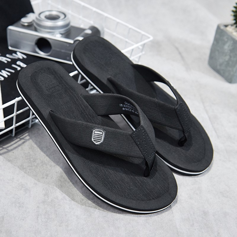Slippers Men Beach Shoes Flat Flip Flops Summer Sandals for Men Non-slip Casual Slippers Bathroom Chanclas HombreSlippers Men Beach Shoes Flat Flip Flops Summer Sandals for Men Non-slip Casual Slippers Bathroom Chanclas Hombre
