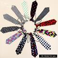 1 pc/lot 30 colores Corbatas Boy Para Niños Del Bebé Corbata de Marca Puntos de impresión de Patrón de la Tela Escocesa Uniforme Escolar Soctland Rojo Negro Blanco corbata
