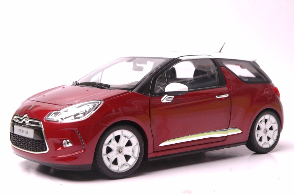 1:18 Diecast Model for Citroen DS3 2010 Red Hatchback Alloy Toy Car Miniature Collection Gift scale new 1 18 citroen c quatre 2012 hatchback alloy diecast model car toy gift collection with original box free shipping
