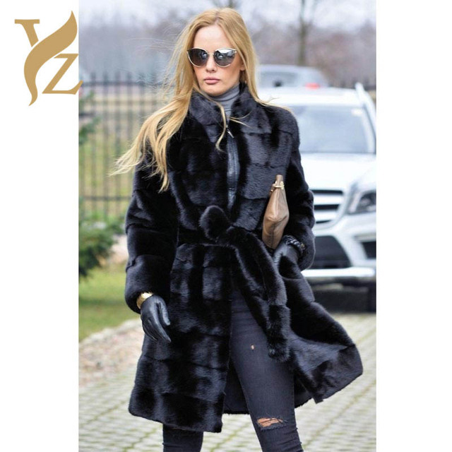 ada99db54 US $1095.53 29% OFF|2018 Hot Sell Nature Black Mink Fur Coats Real Fur  Jackets Outerwear Mink Coat For Women Slim Waist Cage With Warm Stand  Collar-in ...