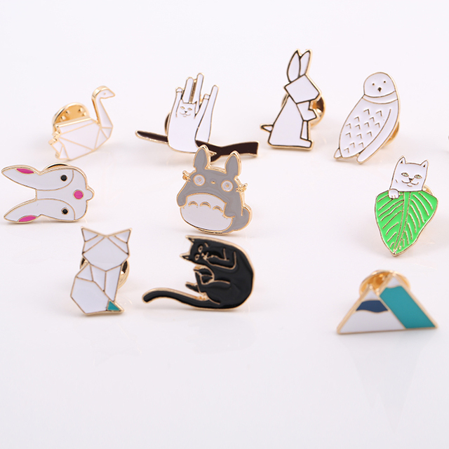 Black Cat Totoro Owl Rabbit Horse Crane Cartoon Enamel Pin Bunny Brooches Metal