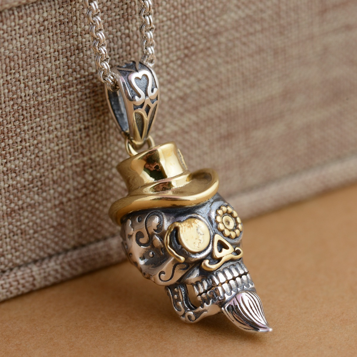 Deer King jewelry wholesale S925 Sterling Silver Pendant antique crafts skull gilded new fashion personality s925 pure silver personality female models new beeswax