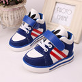 Calçados infantis Meninos Meninas Sapatos Nova Marca Azul e vermelho Crianças respiráveis Das Sapatilhas Sapatos de Desporto Moda Casual Crianças Sneakers Menino