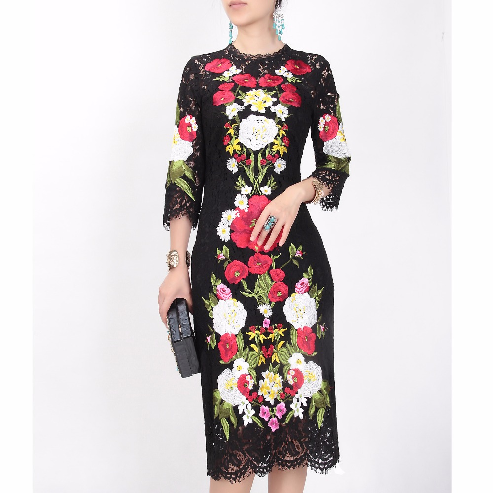 Piste cou D'o Robe Vintage Qualité Robes 2018 ligne Haute Slim Midi Floral Évider Femmes A Broderie D'été Dentelle USpwaU