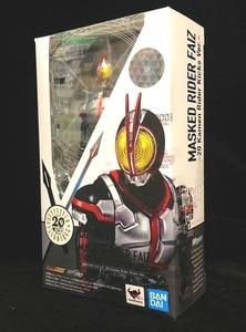 "Image 2 - ""Kamen Rider Faiz"" oryginalny BANDAI Tamashii narodów S.H. Figuarts SHF figurka Kamen Rider Faiz 20 Kamen Rider kopnięć Ver."