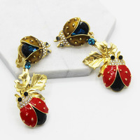 2017 New Arrival Baroque Clips Earrings Retro Vintage Red Beatles Style Long Earring Gold Plated Brand