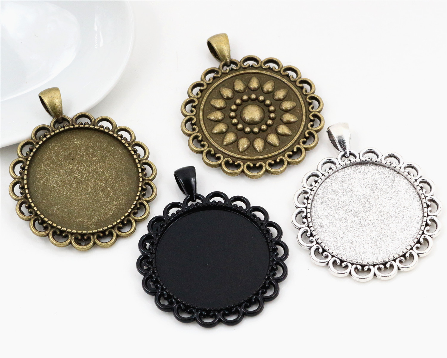 2pcs 30mm Inner Size Antique Silver And Bronze And Black Classic Style Cabochon Base Setting Charms Pendant