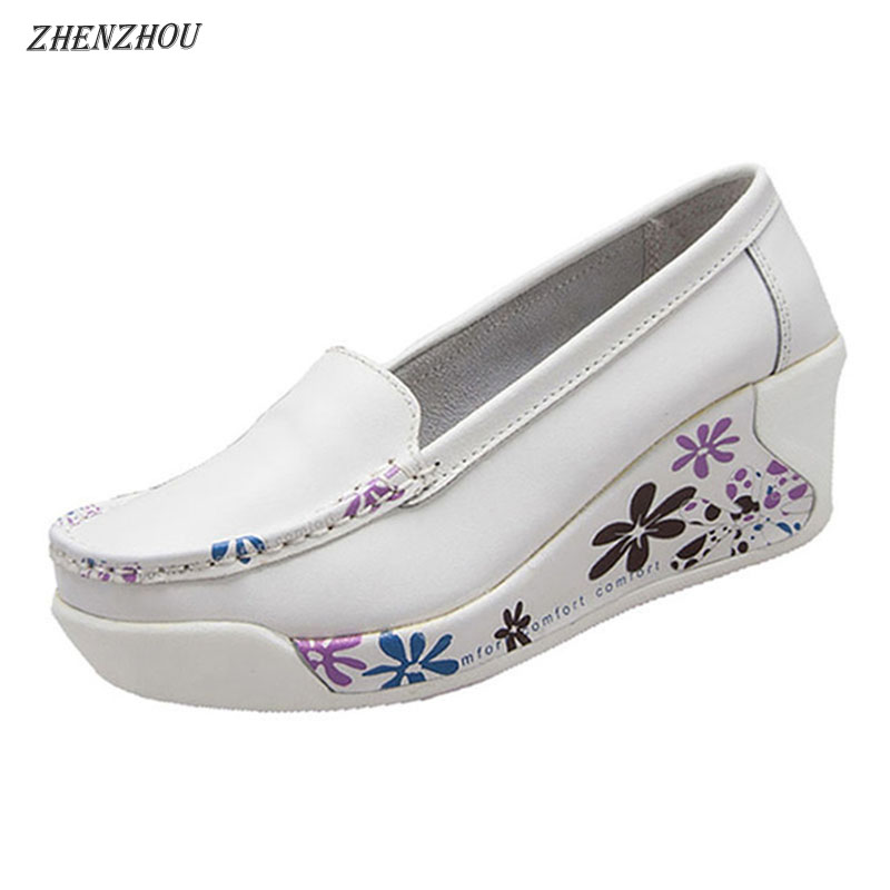 ZHENZHOU Gratis forsendelse kvinder lavvandede mund enkelt sko afslappet kiler blød ydersål kvinde Pumper sving sko moder moderskab