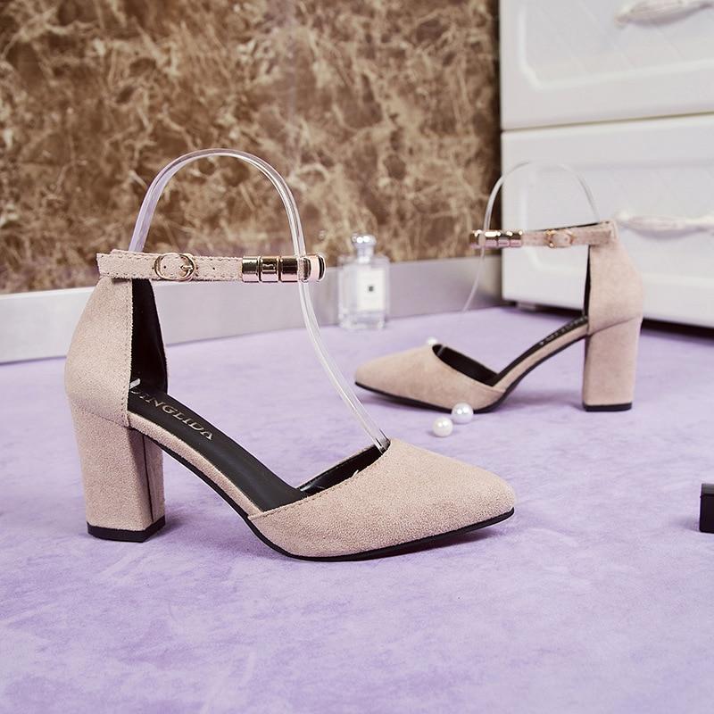 Nuevo Alta Salvaje Talones Señaló Zapatos Hueco De Versión Beige Verano Con negro Sandalias Grueso 2019 Cuentas Mujer Coreana qRxIgwp5O
