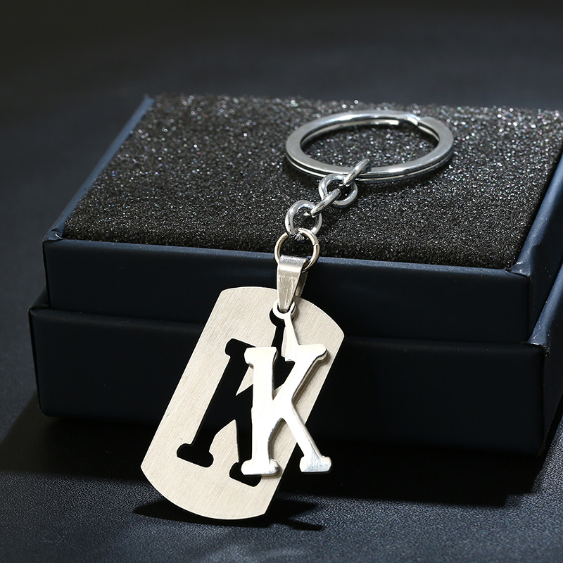 New Fashion A-Z Letter Stainless Steel Key Chain Hot Women Charm Car Key Ring Best Couple Gift Jewelry Keychain Without Box